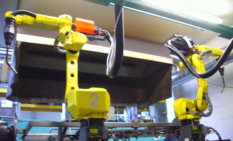 Roboter MAG- Schweißzelle