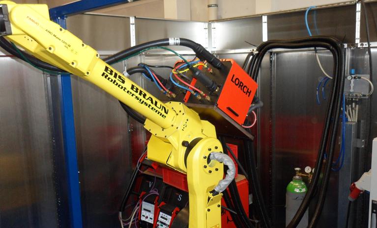 Roboter Schweißzelle mit WIG und MAG